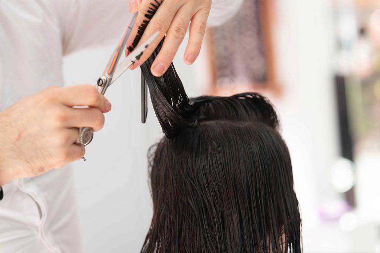 Plaukų kirpimas
