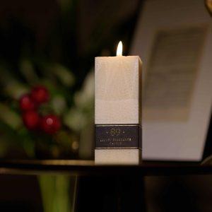 Blue night parfumuota palmių vaško žvakė Aromatic 89